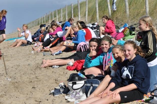 beachhandbaltoernooi september 2012 148 (800x531)