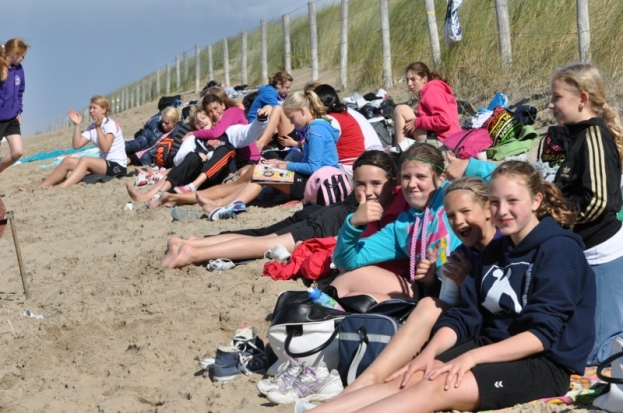 beachhandbaltoernooi september 2012 148 (800x531)