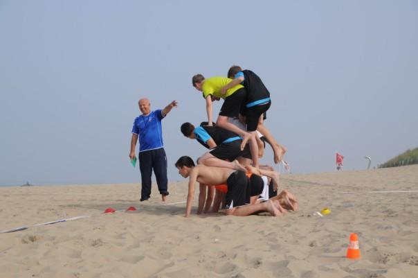 Heren B1 op strand