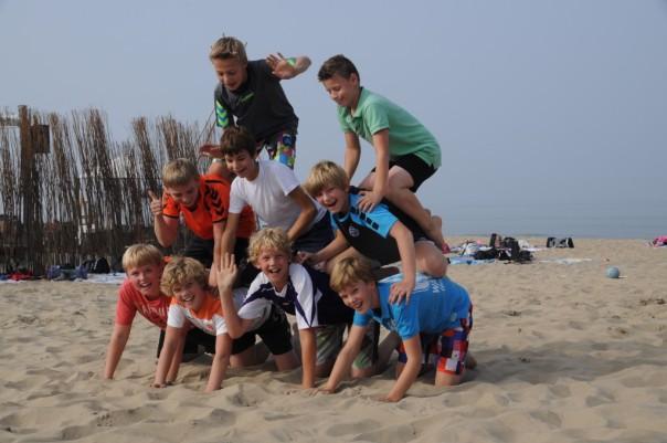 Heren C1 op strand